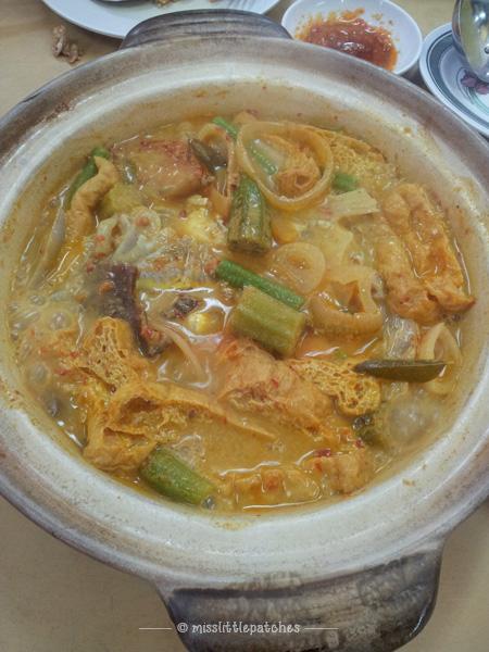 Zui Ji Duck Rice - Claypot Curry Fish Head