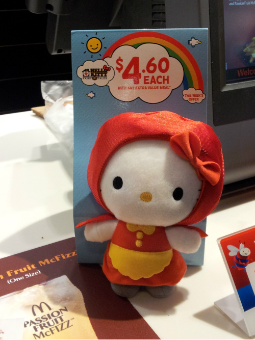 McDonalds Fairy Tale Hello Kitty - Little Red Riding Hood