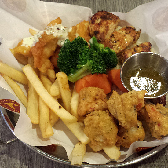 Dinner at manhattan fish market misslittlepatches for Manhattan fish and chicken menu